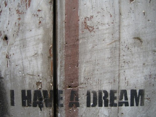 "Photo: un mur et le texte ""I have a dream"""
