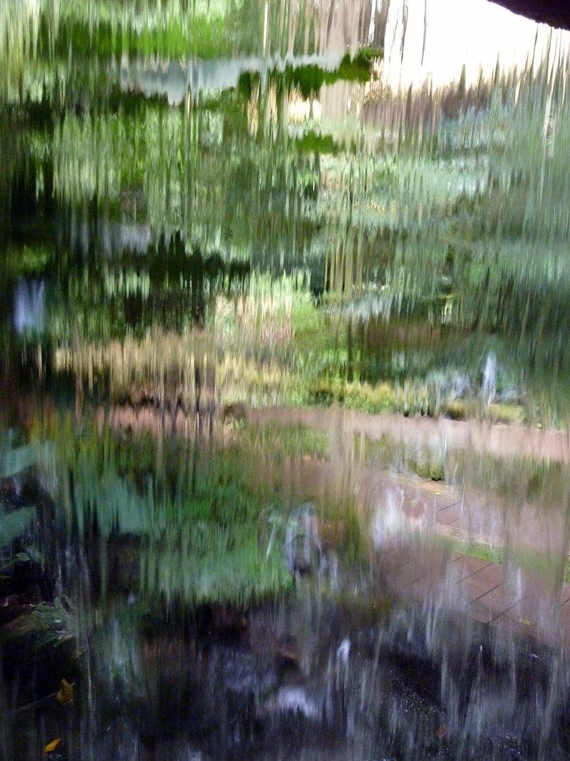 Waterfall_curtain_(6208484718)